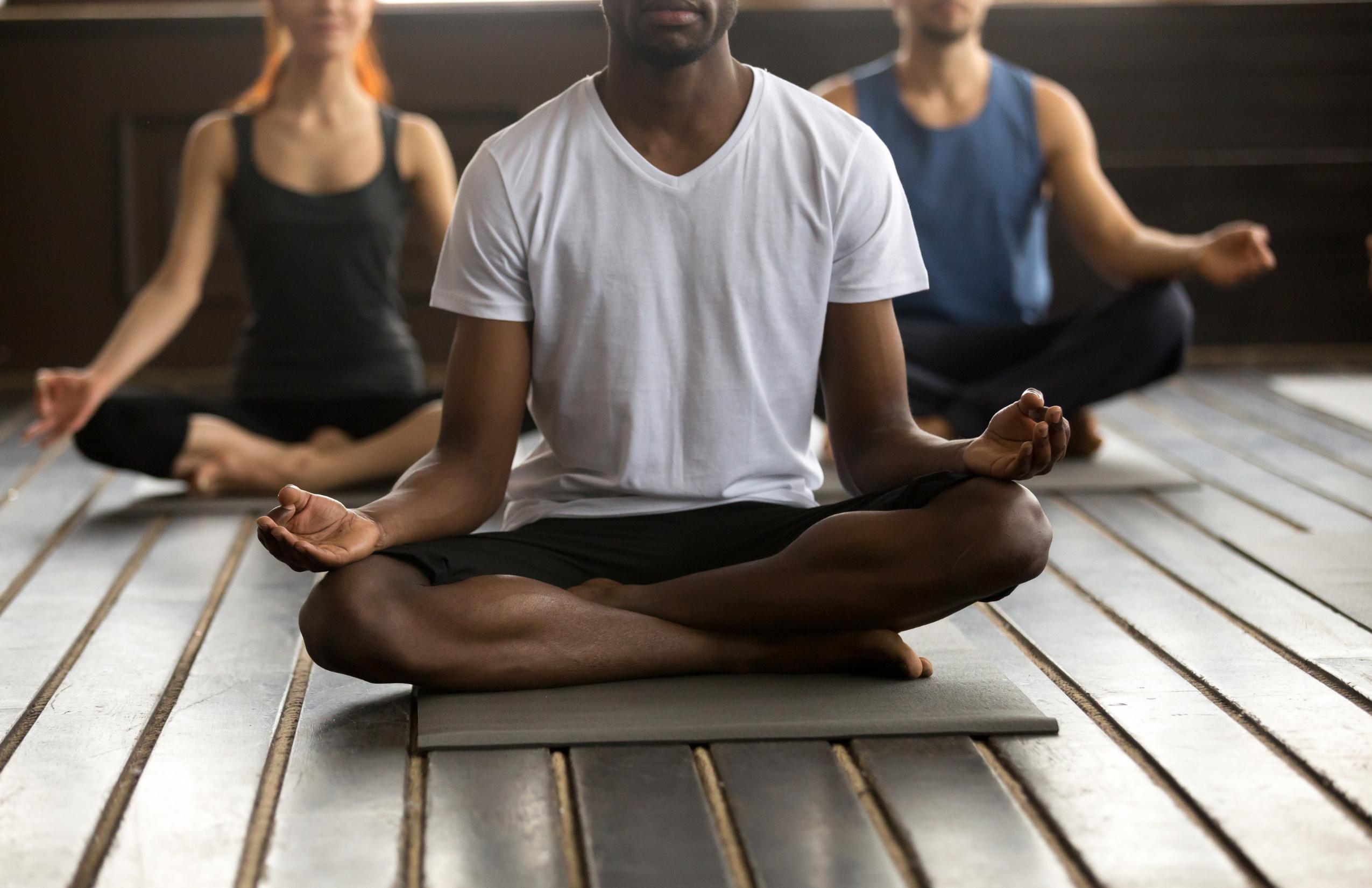 outdoor yoga class